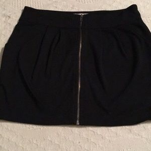 Forever black pencil Zipper Front Skirt Size Large